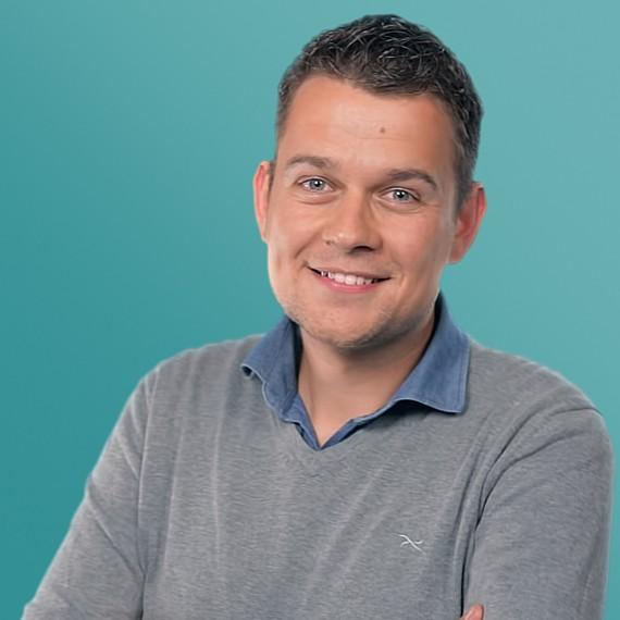 Peter Sinnige mede-eigenaar van Qviv Videoproducties